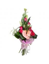Антуриуми и рози